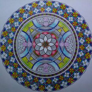 ik sta in mijn kracht : combi van zentangle motieven, vlechtwerk, cirkels, ingekleurd met inktense kleurpotloden en fineliners