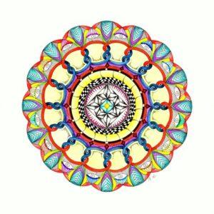 Van het een komt het ander, je begint met een vlecht en dan ontstaat er een totaal andere mandala dan je in gedachten hebt. Ik heb gebruik gemaakt van de Inktense kleurpotloden, Edding Colourpenstiften en de Faber Castell kleurpotloden. Het resultaat: een zeer kleurrijk geheel